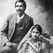 Шри Ауробиндо со своей женой Мриналини Деви, 1901г.