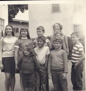 Ученики частной школы Джотиприи – 1960-е.
